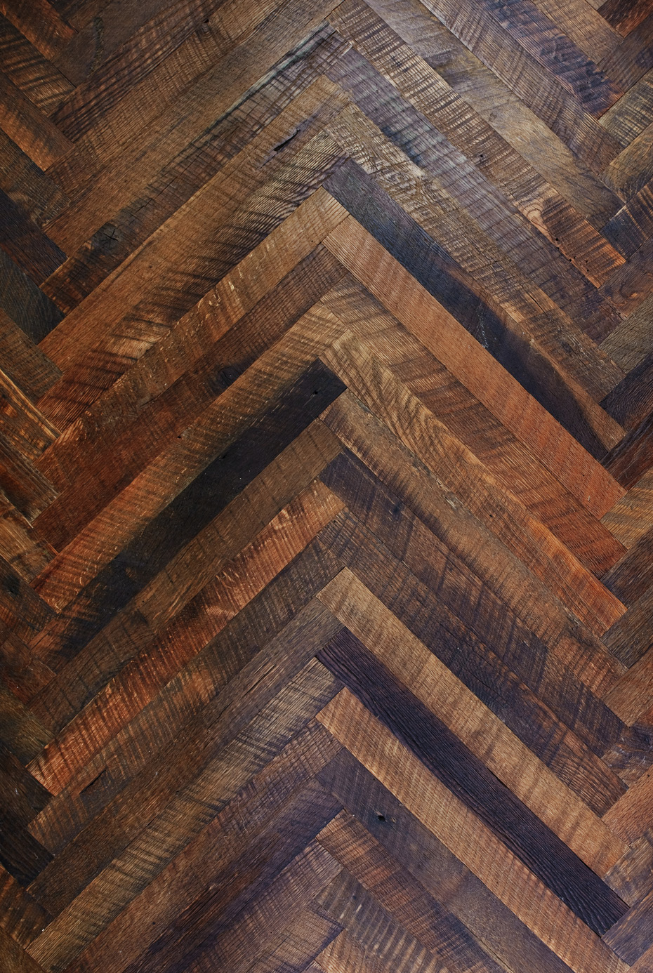 Custom flooring patterns mountain lumber company for Wood floor herringbone